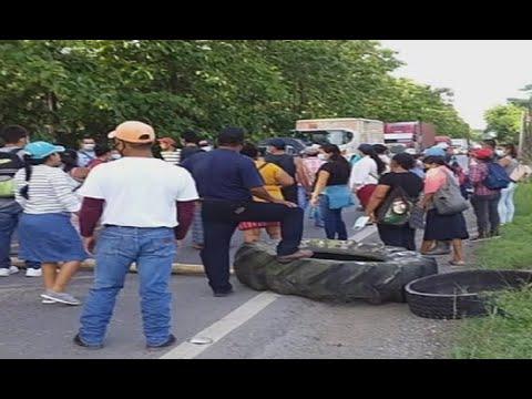 Pobladores bloquean el paso en el kilómetro 214 de la ruta de Los Amates