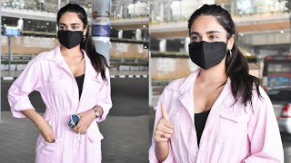 Nidhi Agarwal Spotted At HYD Airport |Celebrities Airport videos - TFPC