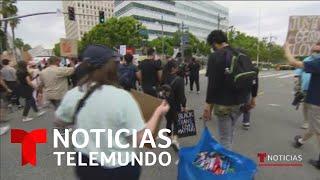 Jóvenes llevan agua y comida para alimentar a los manifestantes | Noticias Telemundo