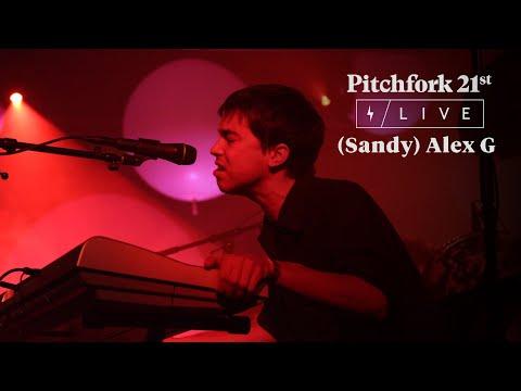 "(Sandy) Alex G Perform ""Sportstar"" @ Knockdown Center | Pitchfork 21st"