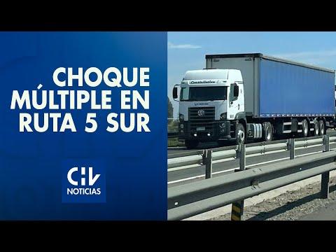 Choque múltiple de cuatro camiones y tres vehículos provoca corte total de la Ruta 5 al sur