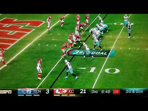 Quarterback throws touchdown pass to himself - Titans vs Chief's