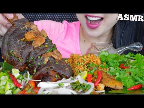 ASMR-EATING-PORK-KNUCKLE-BIRYA