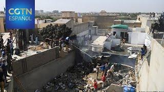 Al menos 80 muertos en un accidente aéreo en Karachi