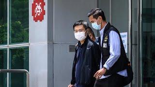 Hong Kong : deux responsables du quotidien Apple Daily inculpés