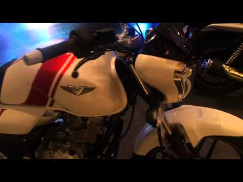 Bajaj V15 quick walkaround