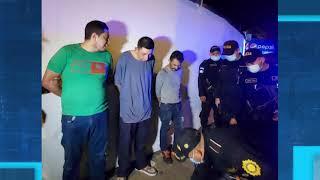 Cámaras de seguridad graban el momento de un asalto en zona 16