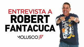 Robert Fantacuca se le hace un taco en la garganta en la mejor entrevista de su vida