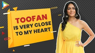 """Mrunal Thakur: """"The BEST thing about Shahid Kapoor is when he's on set, he'll..."""" 