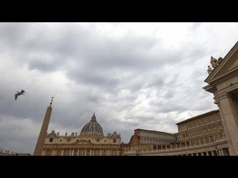 Világi bírók előtt kell felelnie egy felmentett vatikáni bíborosnak
