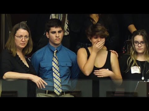 16-Year-Old Student Weeps as Florida Lawmakers Vote Down Assault Weapon Ban