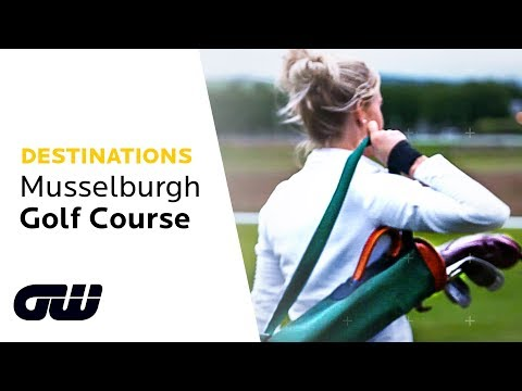 We Play the World's Oldest Golf Course With Hickory Clubs! | Musselburgh Golf Course| Golfing World