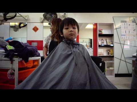曬兒2Y11M》終於不用再抱著剪髮的小勛勛