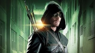 Arrow Season 3 Details & The Secret to Superhero Abs - Comic Con 2014