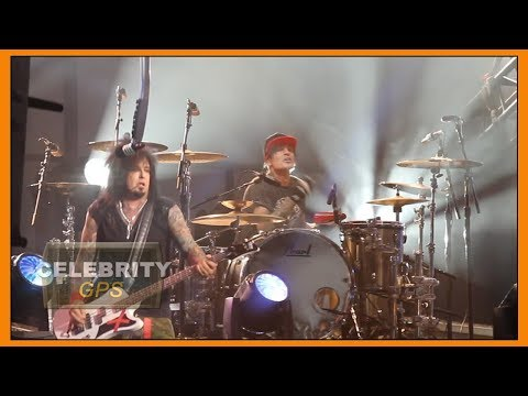 Tommy Lee and his son at war on social media - Hollywood TV