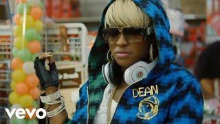 Ester Dean - Drop It Low (feat. Chris Brown)