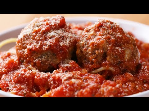 Easy Slow-Cooker Mozzarella-Stuffed Meatballs And Sauce