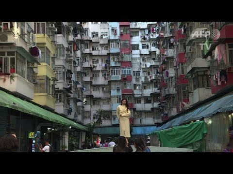 Tourists flock to Hong Kong's Instagram hotspots