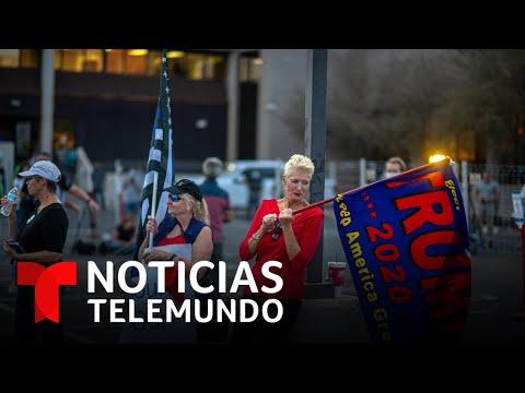 Partidarios de Trump se presentan armados a manifestación en Arizona | Noticias Telemundo