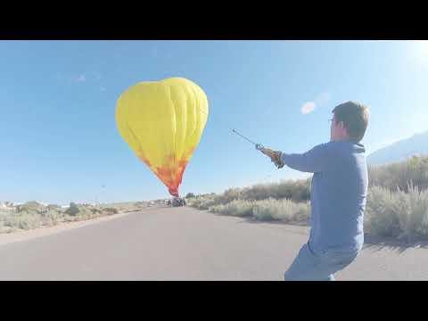 Balloon landing in Rio Rancho
