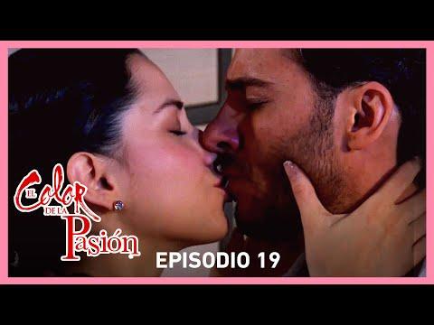 El color de la pasión: Nora besa a Marcelo | C-19 | Tlnovelas
