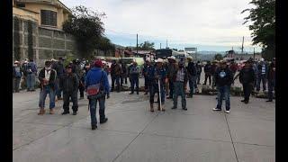 Ex militares protagonizan bloqueos en Guatemala