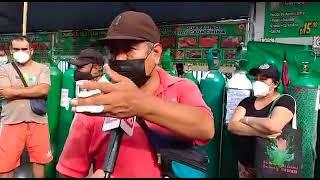 EN VIVO Ciudadanos donan desayunos a personas que hacen cola por oxigeno
