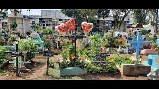 Celebración atípica del 'Día de la Madre' en Guatemala