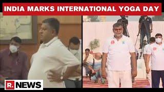 International Yoga Day: Union Ministers RS Prasad & Prahlad Patel Celebrate Yoga Day | Republic TV