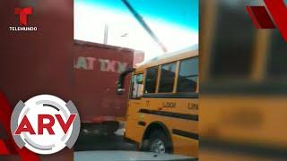Un tren casi choca a un autobús escolar en California   Al Rojo Vivo   Telemundo