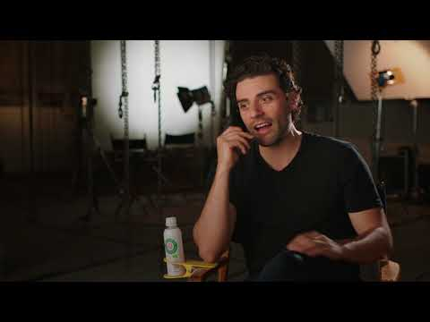 Star Wars: The Last Jedi: Oscar Isaac Behind the Scenes Official Movie Interview