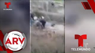 Mujeres viven dramático rescate mientras se hundían atrapadas en una camioneta   Telemundo