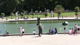 Francia reabre los parques tras el confinamiento por el coronavirus