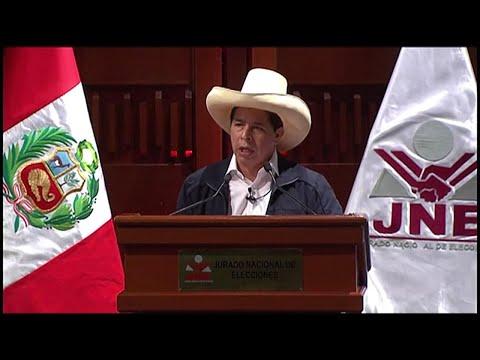 Perú: Pedro Castillo renuncia a su sueldo de Presidente