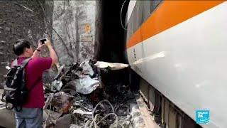Accident ferroviaire à Taiwan : le déraillement d'un train fait des dizaines de morts