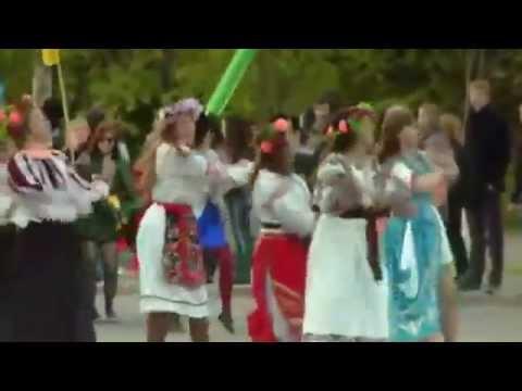 Традиционное шествие посвященное 136 летию Томского государственного университета (ТГУ)