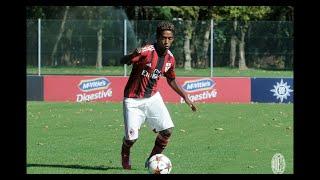 Un footballeur de 20 ans se suicide en Italie, après des années de racisme