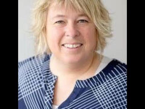Maria Rydkvist föreläser om språkutveckling med hjälp av Bornholmsmodellen