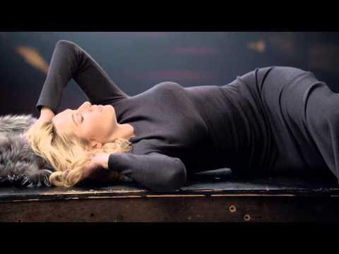 Kate Winslet in St. John Behind-the-Scenes Video
