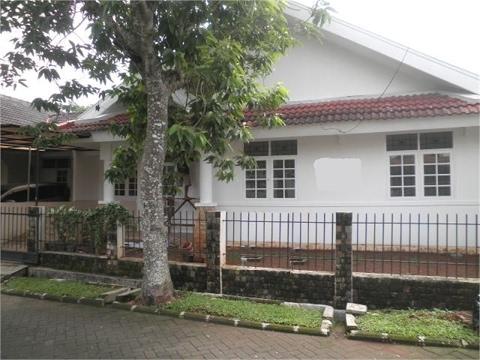 Dijual Rumah Dikawasan Graha Raya Bintaro  - Wira Mohamad