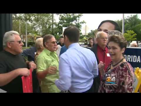 Marco Early Votes at the West Miami Community Center