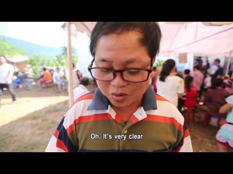 Villagers in Laos moved by Essilor Vision Foundation's latest mission