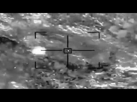 مشاهد توثق لحظة تدمير طائرة مسيَّرة مفخخة أطلقتها ميليشيا الحوثي تجاه السعودية