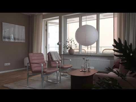 Visning av en lägenhet på 3 rum och kök i Enskede