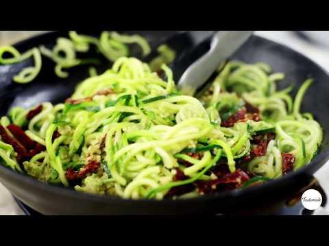 How to Make a Creamy Avocado Pesto Zoodle Bowl