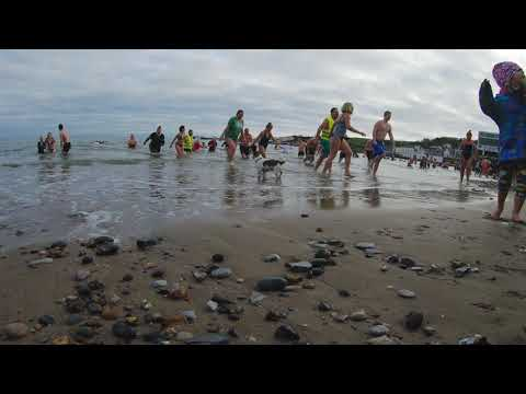 view Boxing Day Swim in Swanage Bay 2018