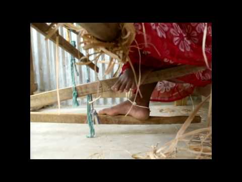 Women that are weaving a future