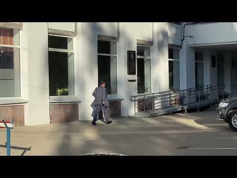 Автомобиль Кузнецова эвакуируют
