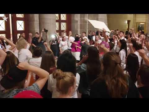Raw video: Missouri activists protest abortion ban legislation