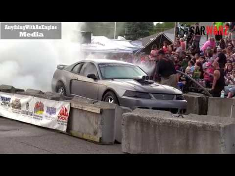 Ford Mustang Making Huge Smoke Show At Rod Benders Burnout Competition